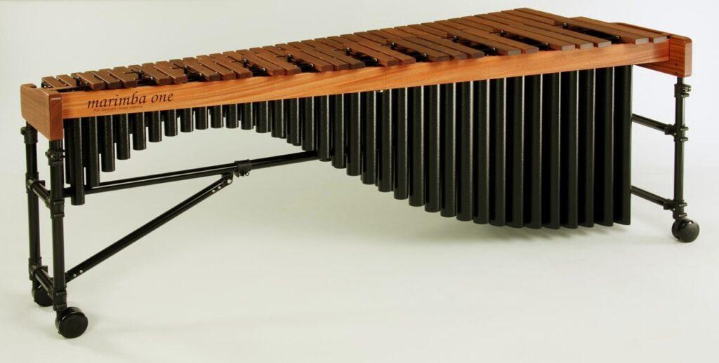 De qué manera se genera el sonido del xilófono